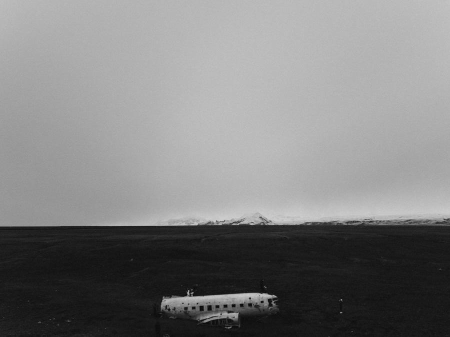 Islandia Iceland drone mavic travel podróż pytlikbak dacota DC3 plane wrack