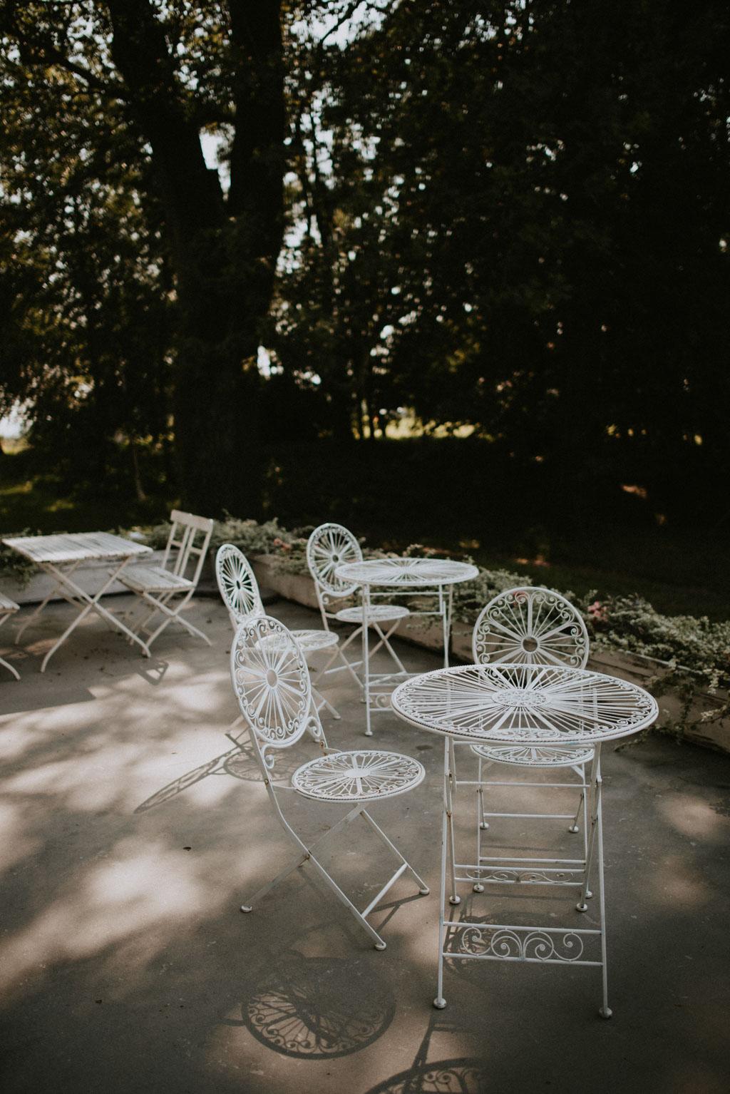 Ślub w Dolinie Cedronu podwórko krzesła Kraków Leńcze pytlikbak