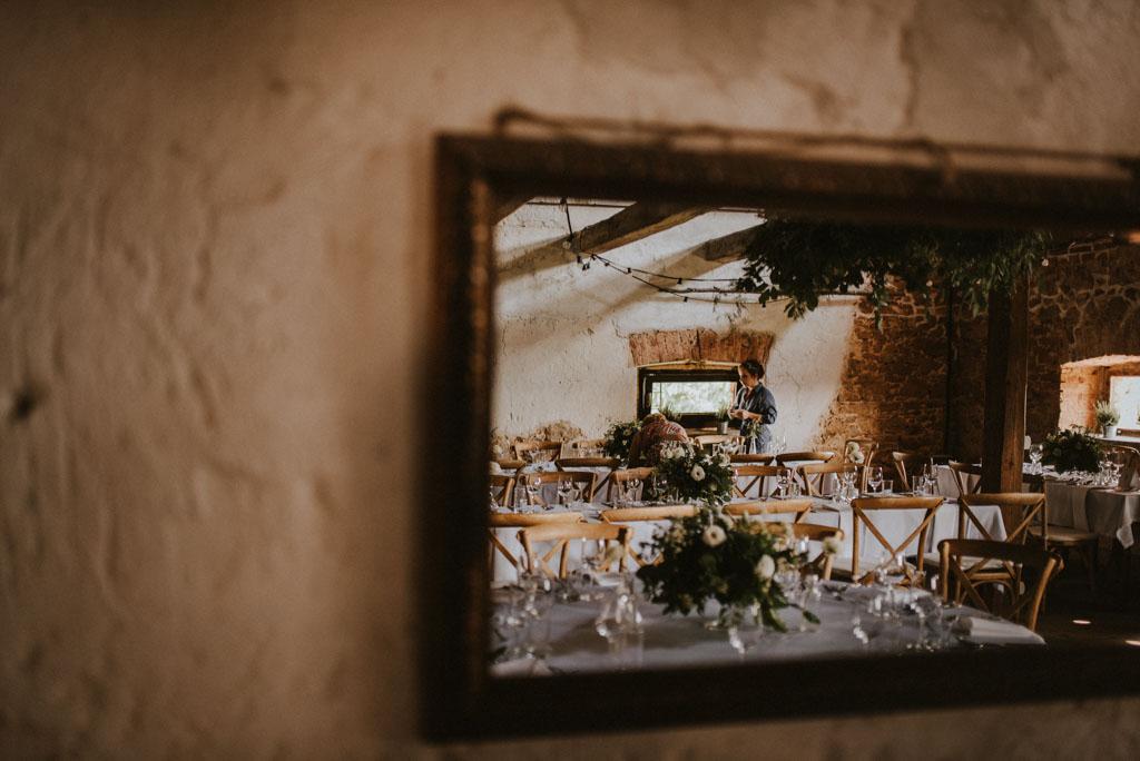 Ślub w Dolinie Cedronu dekoracja wnętrza kwiaty Kraków Leńcze pytlikbak