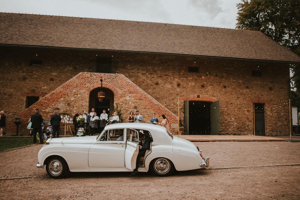 Ślub w Dolinie Cedronu Kraków Leńcze pytlikbak rolls royce stary samochód limuzyna