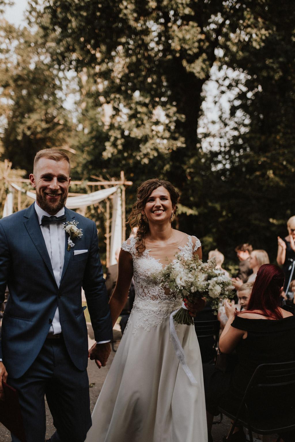 Para młoda po ceremonii ślubu w kotulińskiego 6