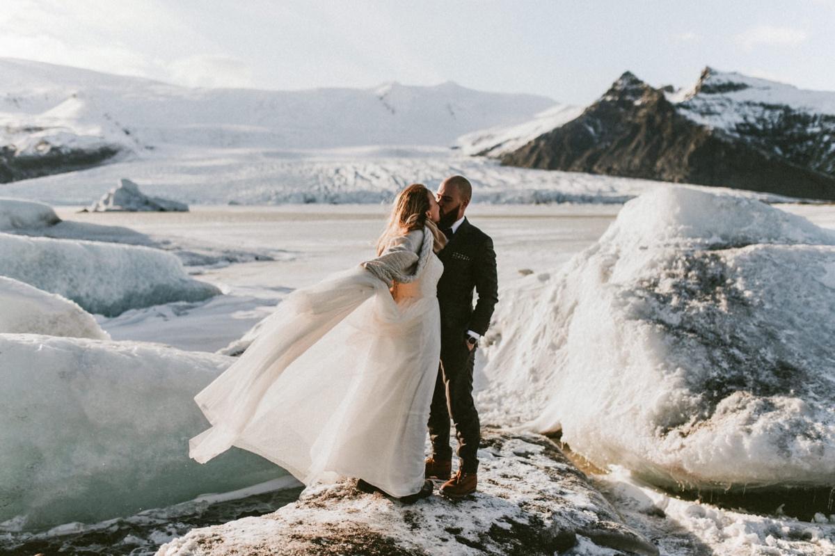 Sesja ślubna na Islandii Islandia za granicą skandynawia Adrian Pytlik Marta Bąk