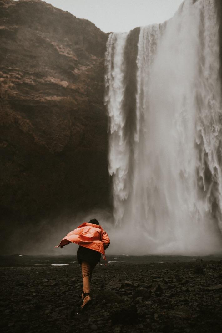 Adrian Pytlik fotograf Islandia Skogafoss wodospad