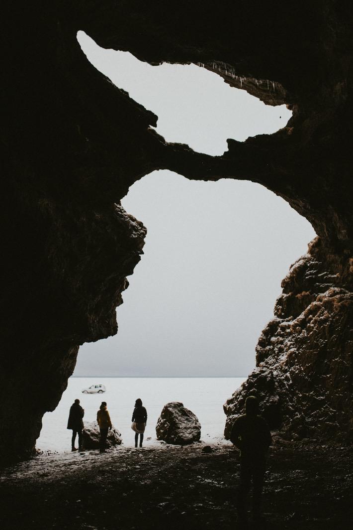yoda cave iceland pytlikbak